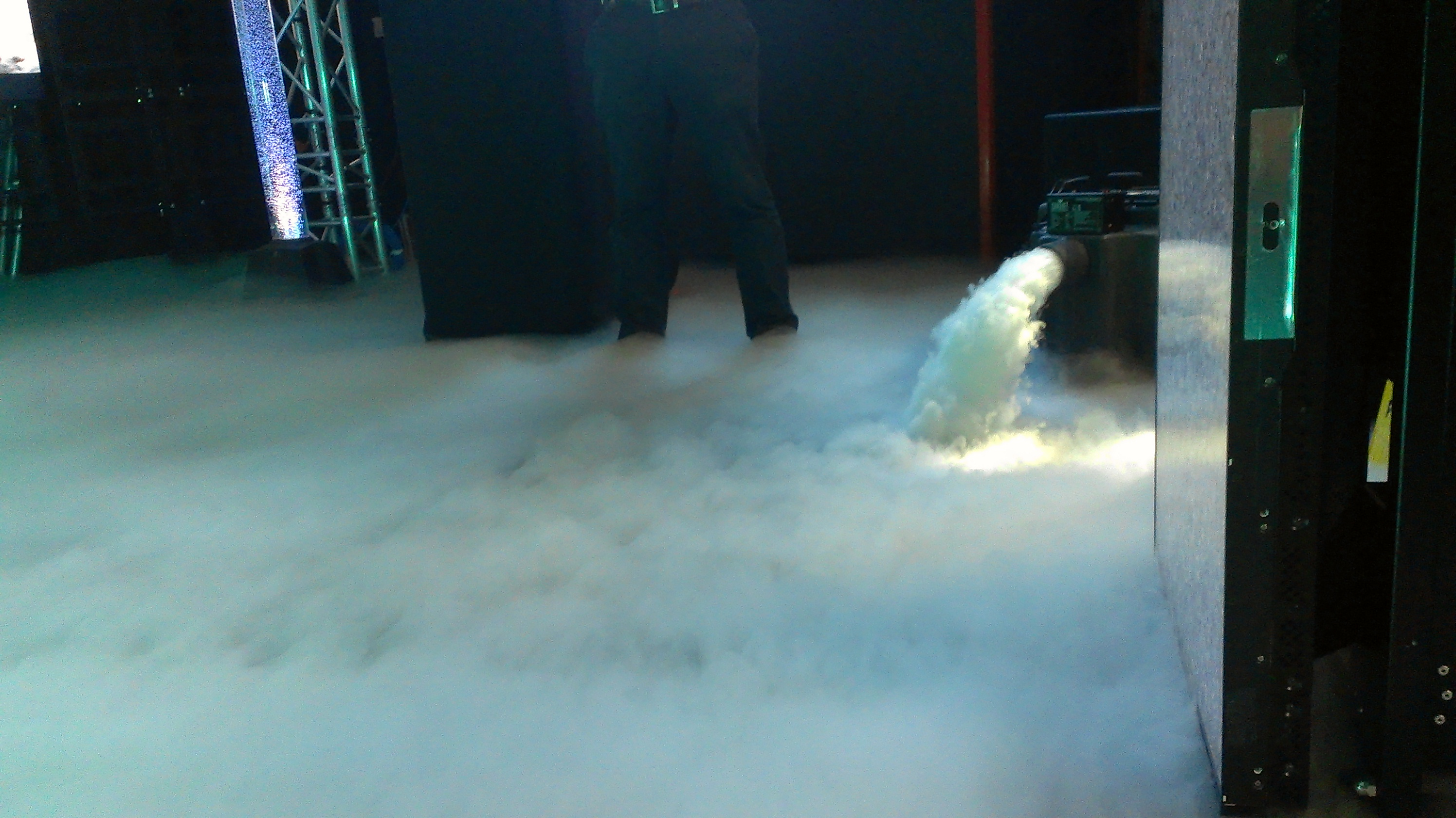 Low Fog Dry Ice Machine Mega Vision